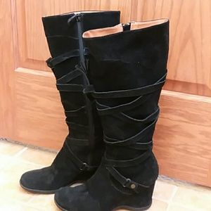 Leather Upper Black Suede Boots